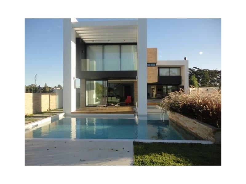 Estudio Chopitea | Chopitea Estates Punta del Este, Venta de Casa en    Montevideo