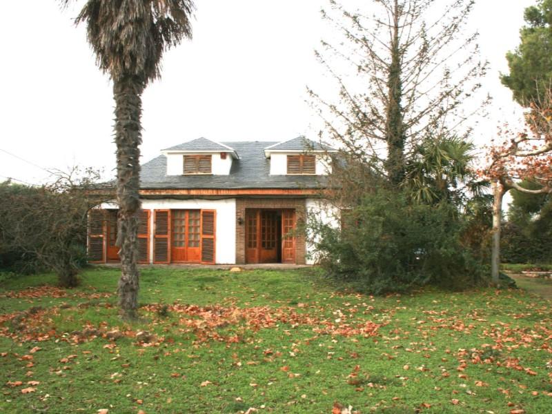 Casa en venta con 240 m2, 3 dormitorios  en Carcastillo, Carcastillo