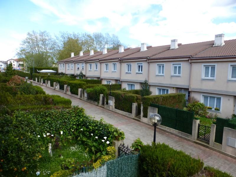 Casa en venta con 200 m2, 4 dormitorios  en Irun, Lapice / lapitze