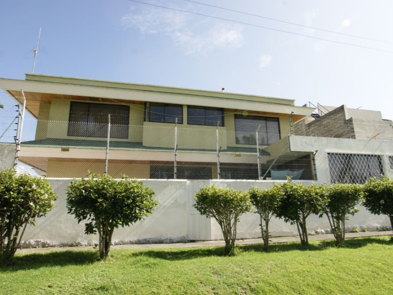 LANDING POINT Estudio Inmobiliario, Venta de Casa en Conocoto   Quito