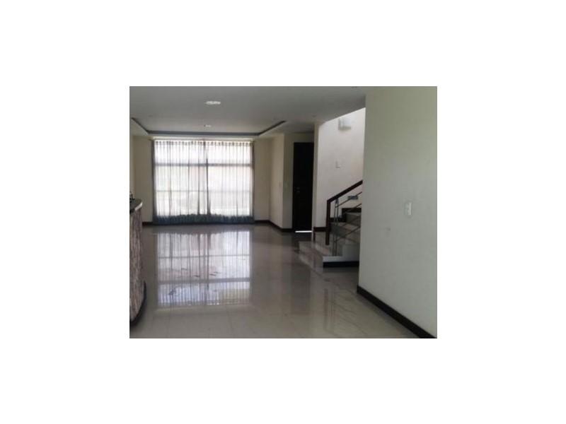Landing Point Estudio Inmobiliario, Venta de Casa en La Armenia   Quito