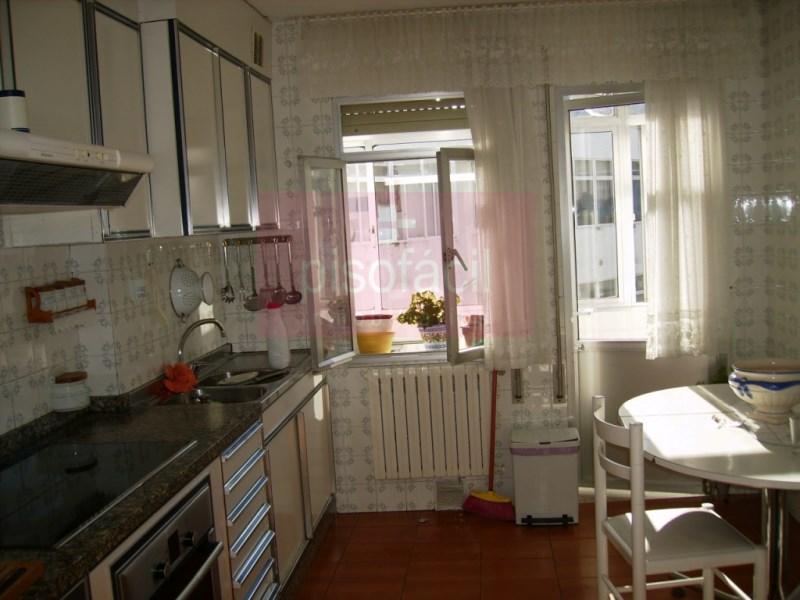 Piso en venta con 90 m2, 3 dormitorios  en A Milagrosa (Lugo), Avd Cor