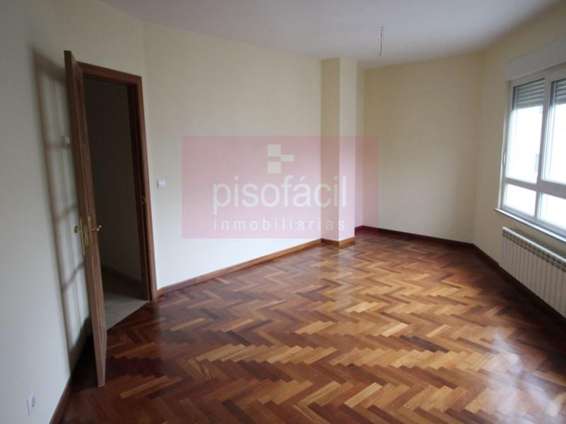 Piso en venta con 0 m2, 3 dormitorios  en A Milagrosa (Lugo), Lamas de