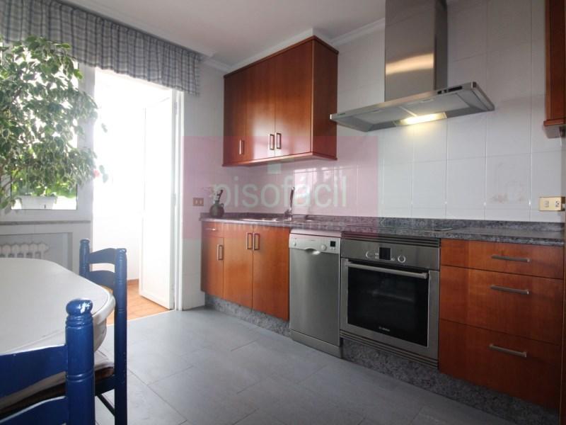 Piso en venta con 133 m2, 3 dormitorios  en A Milagrosa (Lugo), Avd Co