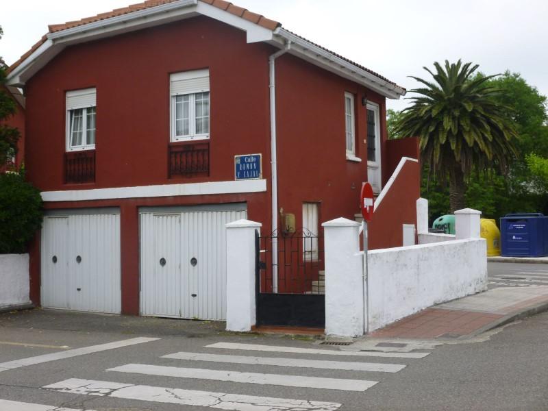 Oficina en alquiler en Castrillón