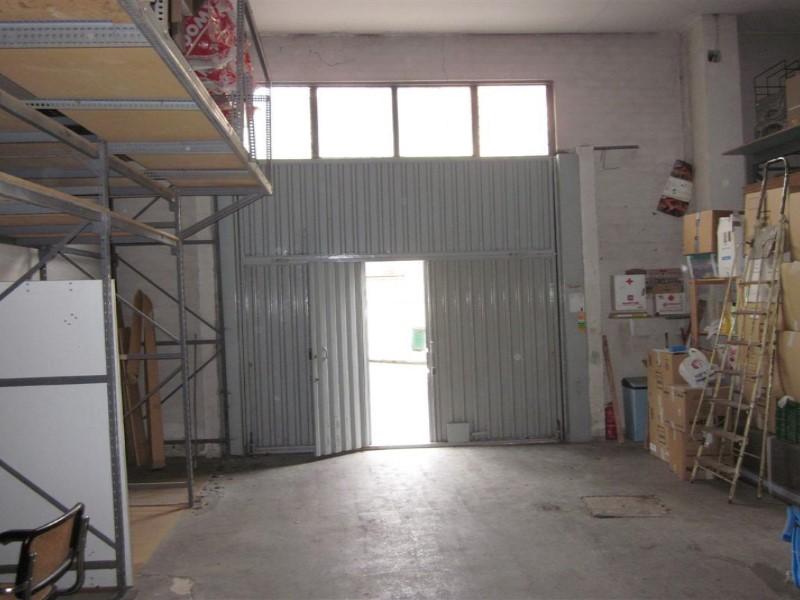 Local comercial en venta en Oviedo