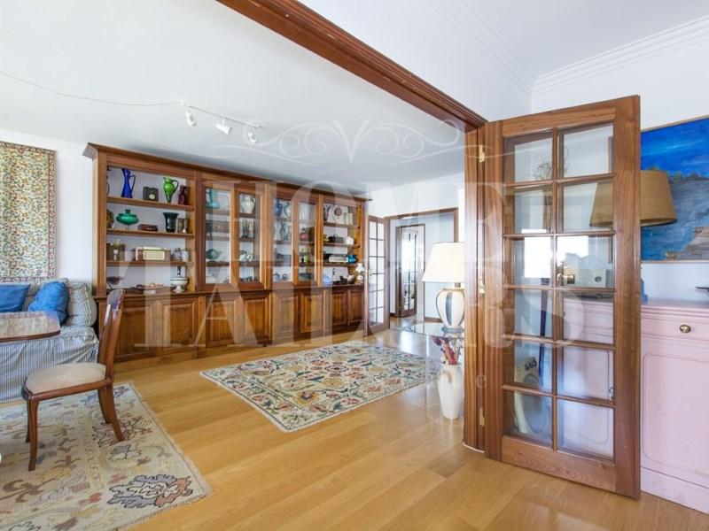 Portugal property for sale in Lisboa-Tagus Valley, Alges- Linda-A-Velha E Cruz Quebrada-Dafundo