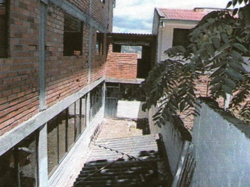 Ecualatin Services, Alquiler de Neg. Especiales en Baños   Cuenca