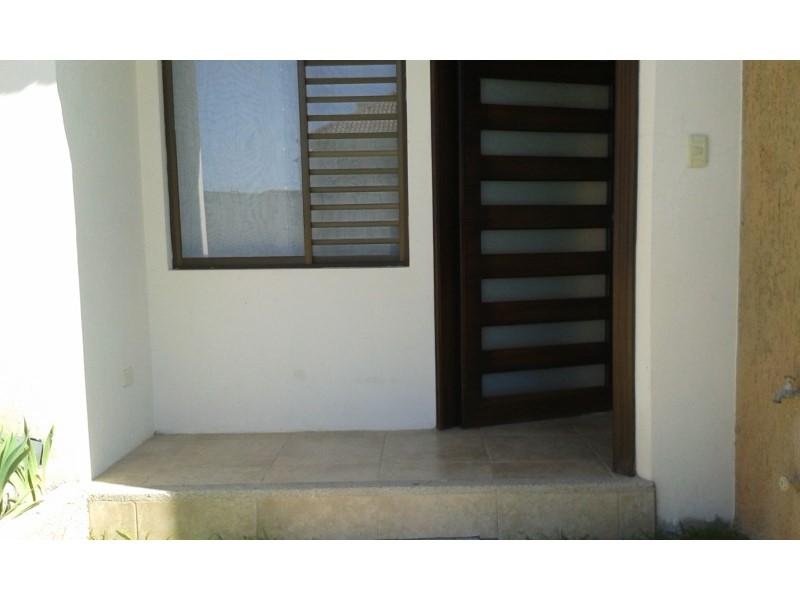 Ecualatin Services, Venta de Casa en    Cuenca Foto3
