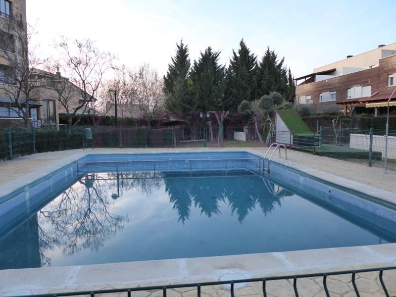 Casa en venta con 275 m2, 5 dormitorios  en El Zorongo (Zaragoza), Zar