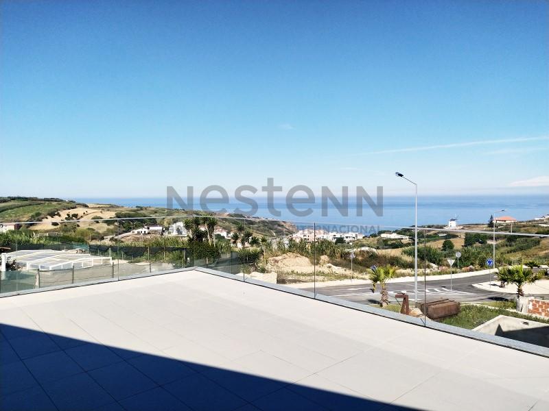 Moradia T4 com vista de mar