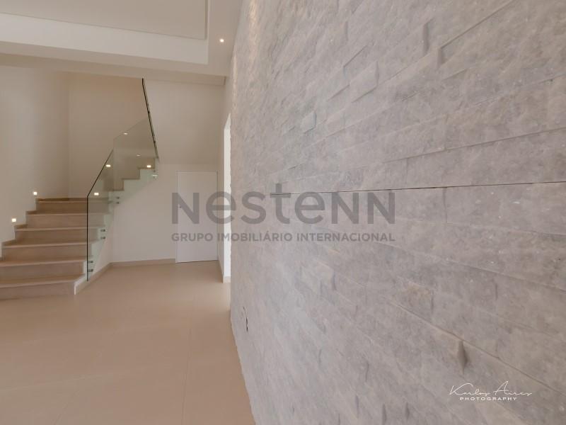 Moradia T4   Torres Vedras com acabamentos de luxo