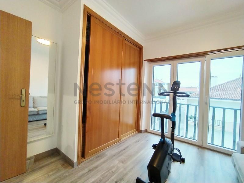 Apartamento T2 com vista mar perto da Praia