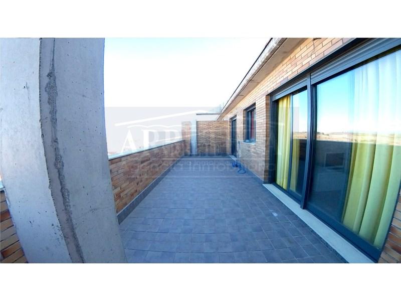 Ático en alquiler con 112 m2, 2 dormitorios  en Los Valles, San Vazque