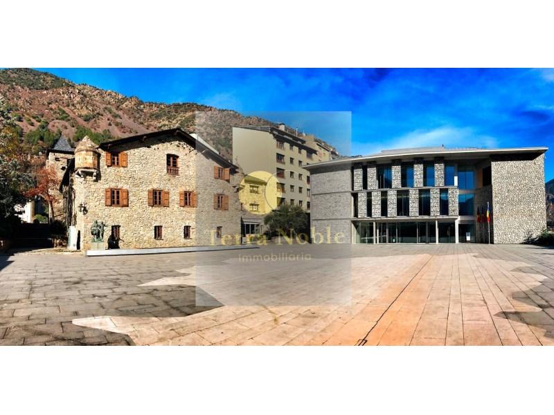 LOCAL EN LLOGUER AL CENTRE HISTÒRIC D'ANDORRA LA VELLA