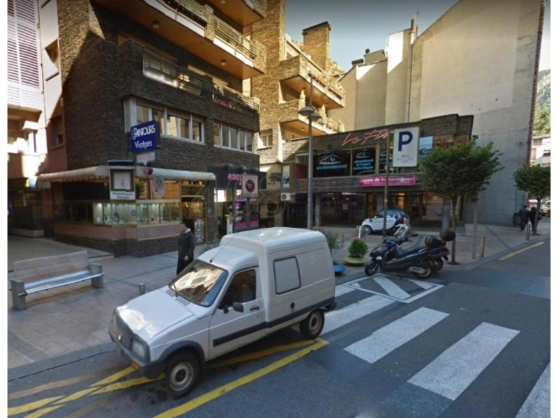 Local en venda al centre d'Andorra la Vella